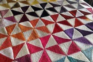 5 pasos para saber como hacer triangulos tejidos en crochet