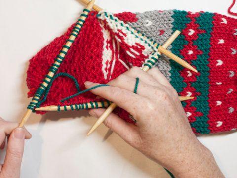 medias tejidas a palitos navideños