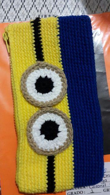 minions tejidos a crochet bolsos