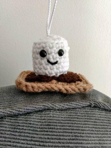 adornos al crochet para colgar figuras