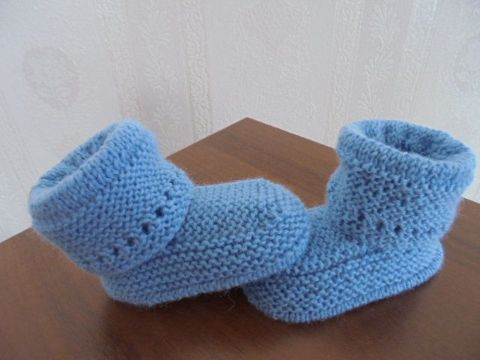 botitas de lana para bebe sencillas