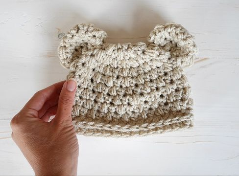 gorras tejidas para bebe con orejas