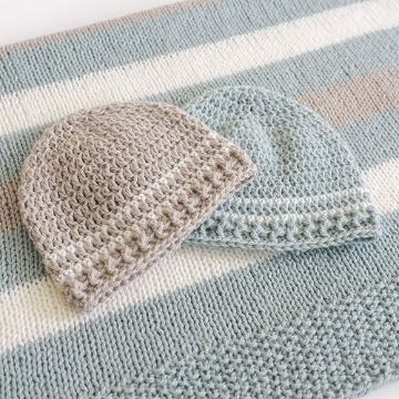 gorras tejidas para bebe con vivos de colores