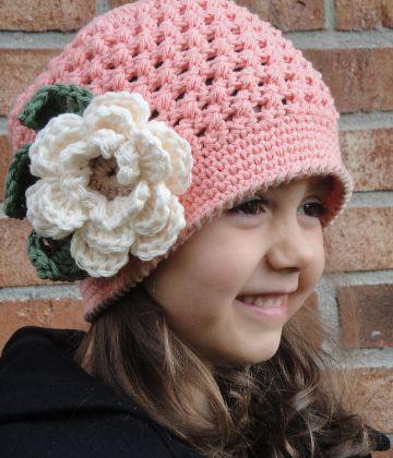 sombreros a crochet para niñas con flores