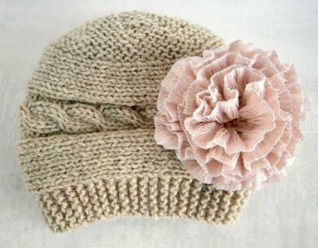 gorras tejidas para niña con flores