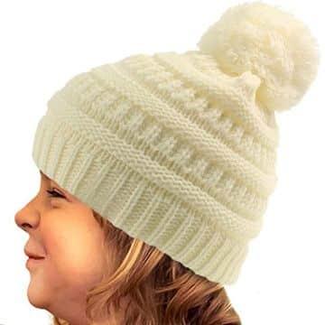 gorras tejidas para niña con pompones