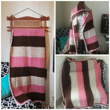mantas de lana de colores a dos agujas
