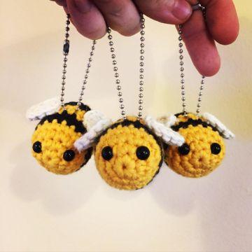 abeja amigurumi patron gratis para llavero