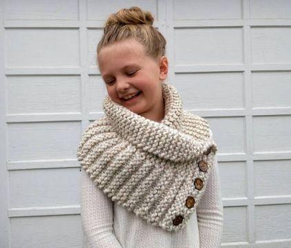 chalinas a crochet para niñas con botones
