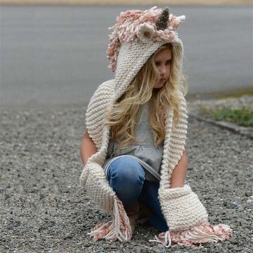 chalinas a crochet para niñas con gorro y bolsas