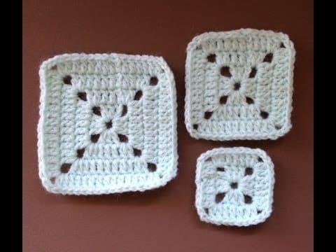 cuadrados en crochet faciles con agujeros