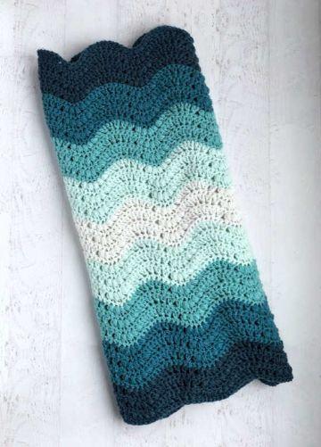 mantas a crochet para bebe a colores