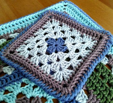 portavasos tejidos a crochet cuadrados