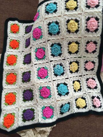 tapetes a crochet para mesa con muestras