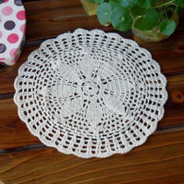 tapetes a crochet para mesa flor central