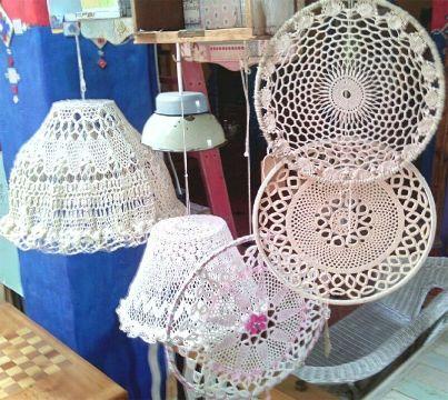 tapetes a crochet para muebles sobre lamparas y ornamentos
