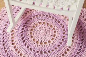 4 tapetes tejidos a crochet redondos con aumentos