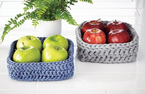 canastas tejidas a crochet para comedor