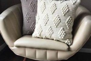 Cojines cuadrados tejidos a crochet con gancho del numero 3
