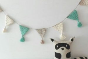 Coloridas guirnaldas tejidas al crochet para fiestas 2021