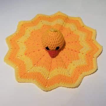 tejidos a crochet colchas para bebe cabeza de patito