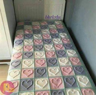 tejidos a crochet colchas para bebe muestras corazones relieve
