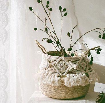 cestas de mimbre decoradas con flecos