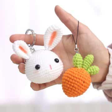 llaveros a crochet de animales conejos