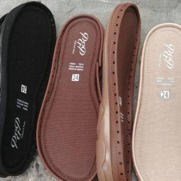botas tejidas para dama con suela de diferentes materiales