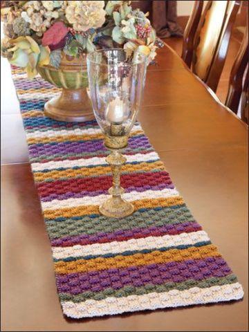 caminito de mesa a crochet puntadas en relieve