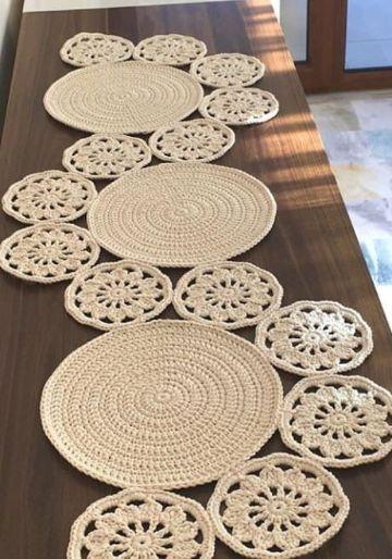 caminito de mesa a crochet redondos