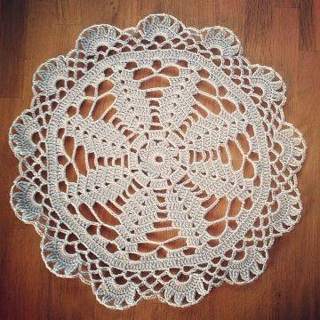 carpetas de gancho redondas con petalos