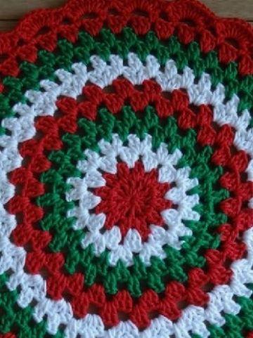 individuales navideños a crochet redondos a colores