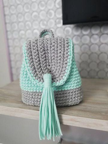 mochilas hechas a ganchillo con flecos
