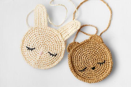 monederos tejidos a crochet con orejas y ojos