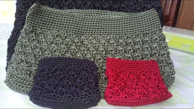morrales tejidos a gancho de diferentes tamaños y colores