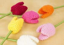 Coloridos tulipanes tejidos a crochet en 3d y sencillos