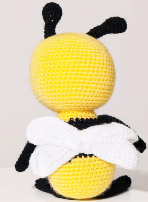 ideas para tejer una abeja en amarillo