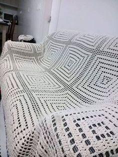 mantas tejidas al crochet para sillones caladas