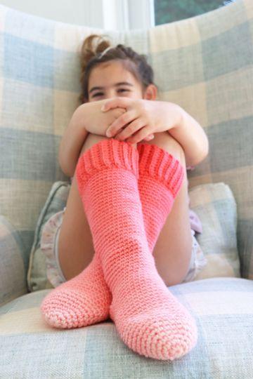 medias tejidas a crochet bicolor