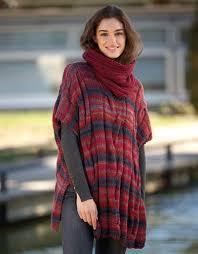 ponchos tejidos a dos agujas para mujer con cuello