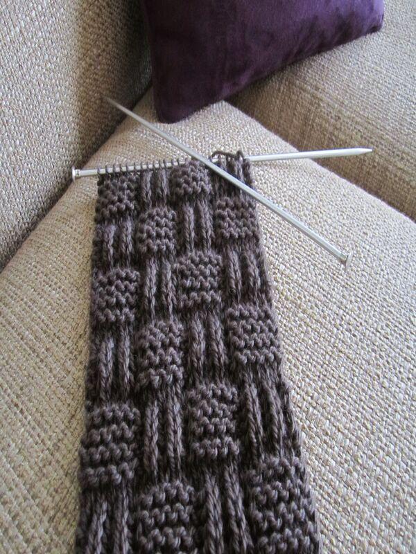 bufanda tejida a dos agujas