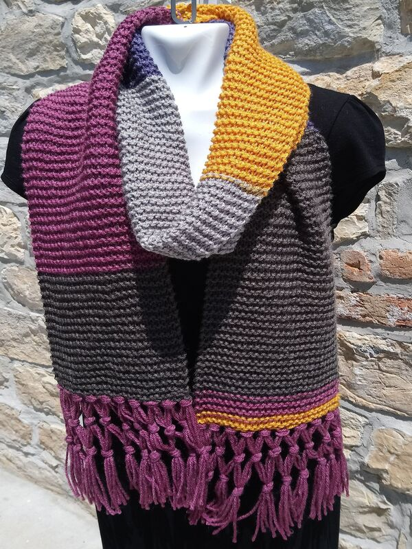 bufanda tejida a dos agujas a colores