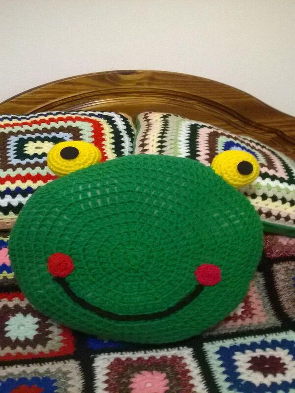almohadones al crochet infantiles circulares