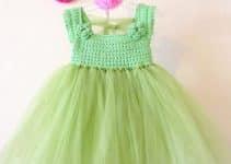 2 vestidos a crochet de niña