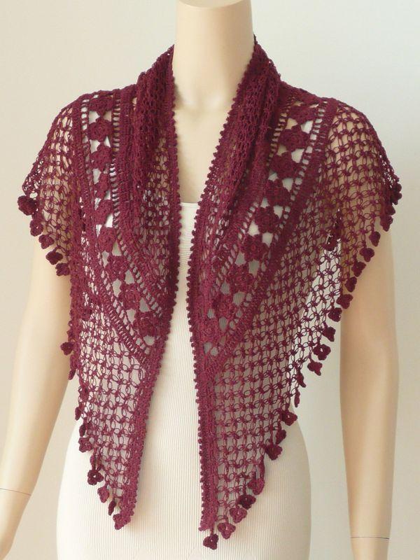 ponchos a crochet triángulares