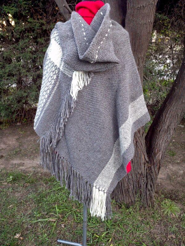 ponchos tejidos a mano sencillos