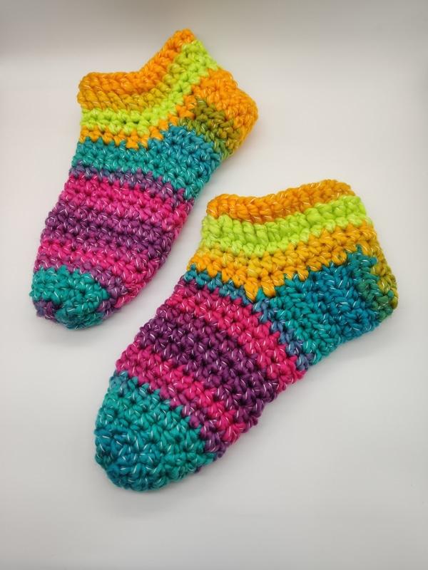 calcetines a crochet para adultos