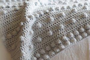 Cobijas tejidas a crochet de 2 vistas