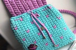 2 mochilas tejidas para niñas